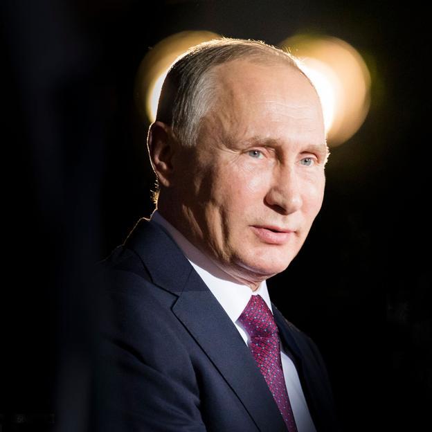 Hijas secretas y amantes insospechadas: la inquietante vida amorosa de Vladimir  Putin   Mujer Hoy
